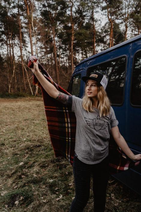 Lets-go-to-a-roadtrip-Trucker-Cap-Mesh-Snapback-verganes-Lederemblem-Gravur-Veredelung