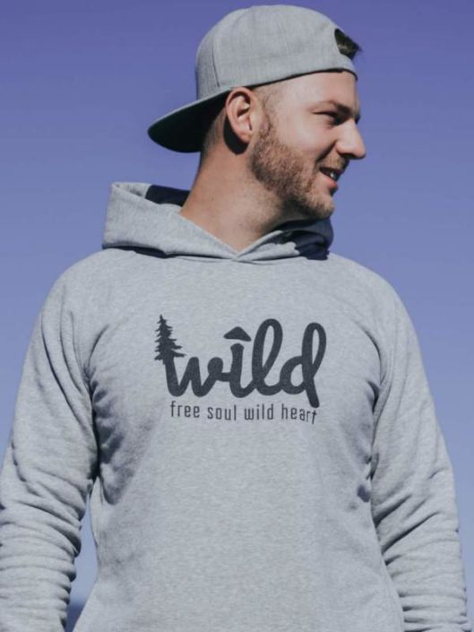 Unisex Kapuzen Sweatshirt für den kommenden Herbst. - Schwarzer Druck Wild Free soul wild heart für alle Wildnis Liebhaber