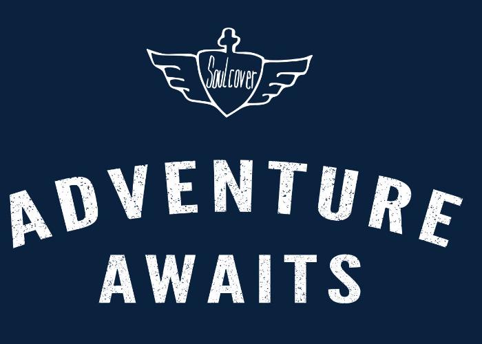 Adventure Awaits Shirt blau Canyon Shirt weiß