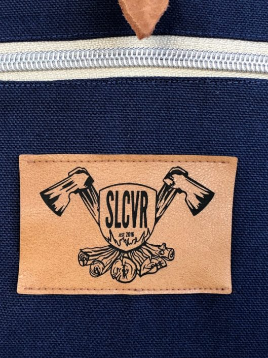 Tagesrucksack woodfellow mit Rollverschluss blau Biobaumwolle veganes leder style hiking Rucksack