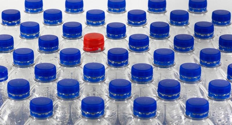 Mehrwegflaschen statt Einweg Plastikflaschen